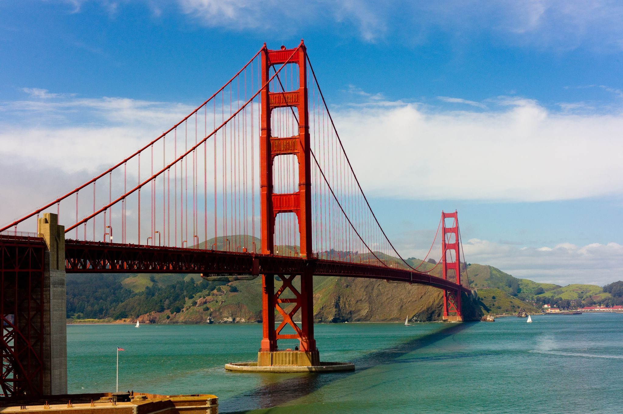 Why the Golden Gate Bridge made strange noises with the wind Friday