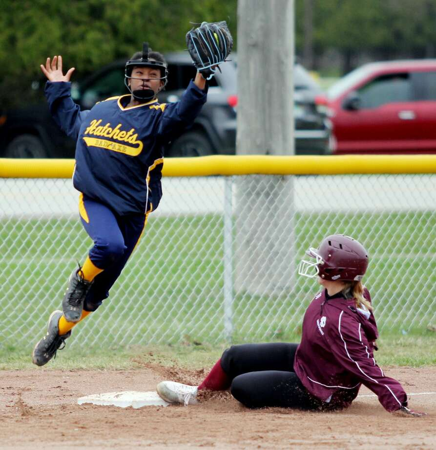 Cass City at Bad Axe — Softball Photo: Mike Gallagher/Huron Daily Tribune