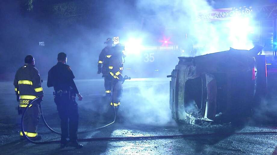 The woman hit a guard rail near Bandera and Evers just after 3 a.m. and rolled her vehicle, which then ignited in flames, according to police. Photo: Ken Branca