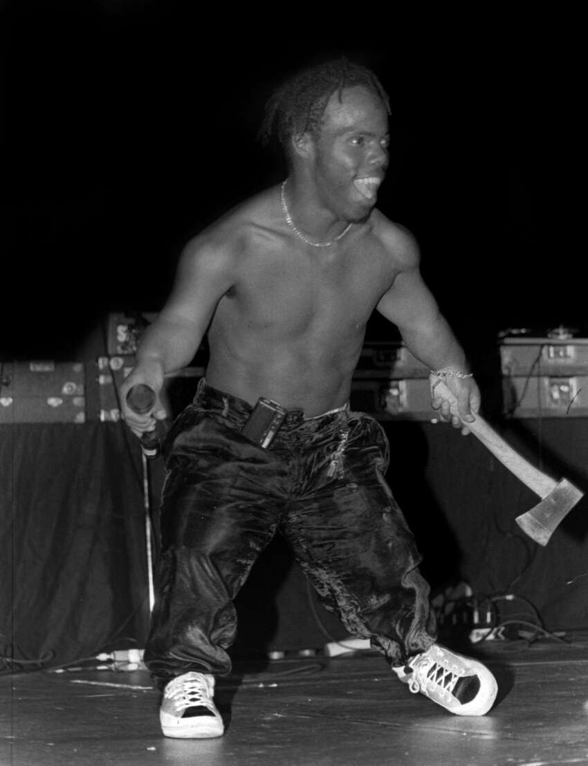 CHICAGO - JULY 1992: Rapper Bushwick Bill from The Geto Boys performs at the New Regal Theater in Chicago, Illinois in July 1992. (Photo By Raymond Boyd/Getty Images)