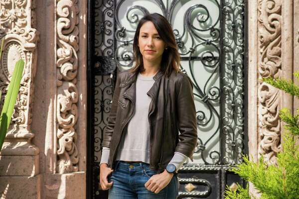 In Mexico City, upscale Spanish immersion course is about