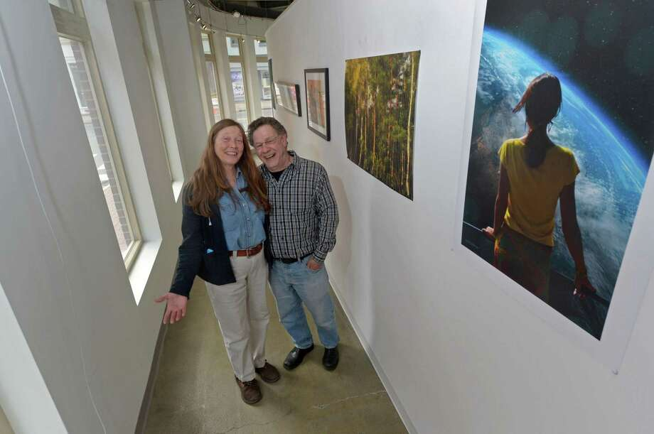 Sidewalk Gallery owners Jennifer Hunter and Bill Gramigna at the gallery in April 2017. Photo: Erik Trautmann / Hearst Connecticut Media / Norwalk Hour