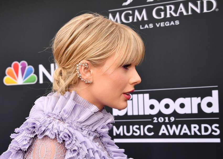 LAS VEGAS, NV - MAY 01: Taylor Swift attends the 2019 Billboard Music Awards at MGM Grand Garden Arena on May 1, 2019 in Las Vegas, Nevada. (Photo by Jeff Kravitz/FilmMagic for dcp)