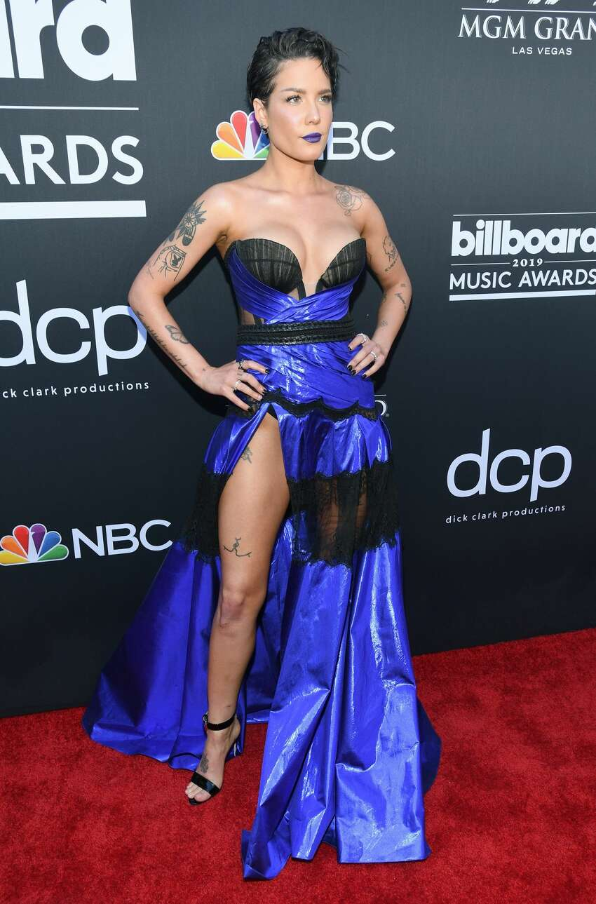 LAS VEGAS, NV - MAY 01: Halsey attends the 2019 Billboard Music Awards at MGM Grand Garden Arena on May 1, 2019 in Las Vegas, Nevada. (Photo by Kevin Mazur/Getty Images for dcp)