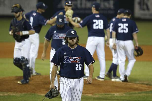 Rice Owls pitcher Garrett Gayle (26) reacts after he is pulled frm the game after giving up two runs to University of Houston Jared Triolo to tie the game in the eighth inning of an NCAA basball game at Reckling Park, Wednesday, May 1, 2019, in Houston .