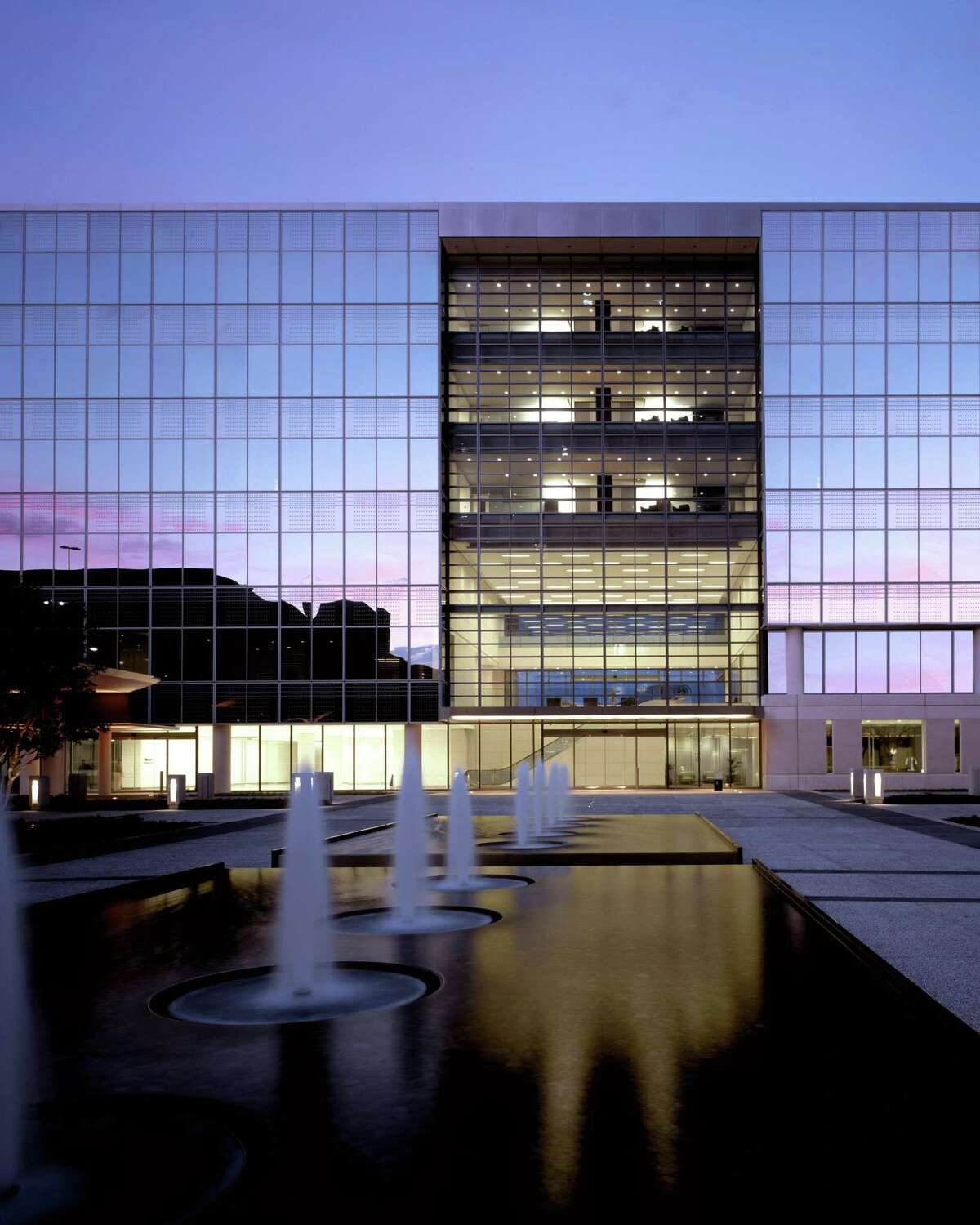 Honeywell has leased 114,068 square at CityWestPlace Building 1 in Westchase for its primary Houston base of operations of its Honeywell Process Solutions business. The four building CityWestPlacecampus is operated by Parkway Property Investments.