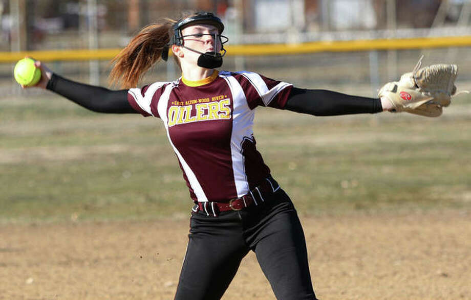 EA-WR's Macy Flanigan, shown pitching in a game earlier this season, picked up the win Wednesday in the Oilers' eight-inning victory over Carlinville at Oiler Field in Wood River. Photo: Greg Shashack / The Telegraph