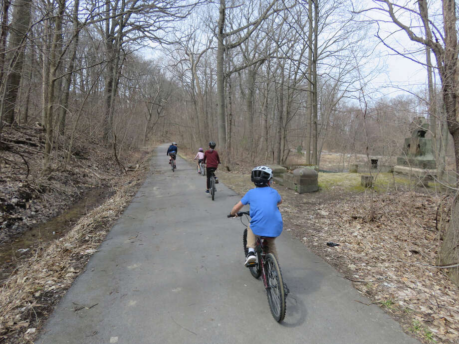 Young cyclists on the bike trail through Vale Park in Schenectady. (Herb Terns / Times Union) Photo: Herb Terns / Times Union