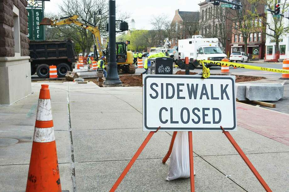 The state Department of Transportation project to add 18 pedestrian bump-outs to Main Street in Middletown is causing concern among small business owners, city officials and residents. Many are worried inaccessibility is forcing pedestrians into the busy roadway to get to their destination. This is a view of the construction on Dingwall Drive and Main Street, looking south. Photo: Cassandra Day / Hearst Connecticut Media
