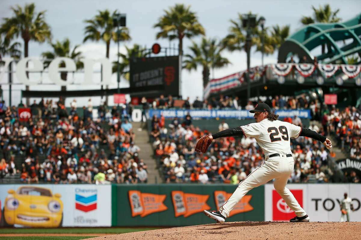 San Francisco Giants starting pitcher Jeff Samardzija (29) throws against the Tampa Bay Rays at Oracle Park on Saturday, April 6, 2019, in San Francisco, Calif.