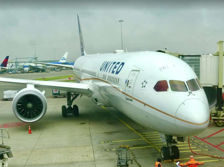 United plans to fly an enhanced version of its Boeing 787-9 between San Francisco and Bangalore, India, a flight of 17.5 hours and 8,701 miles. Photo: Chris McGinnis