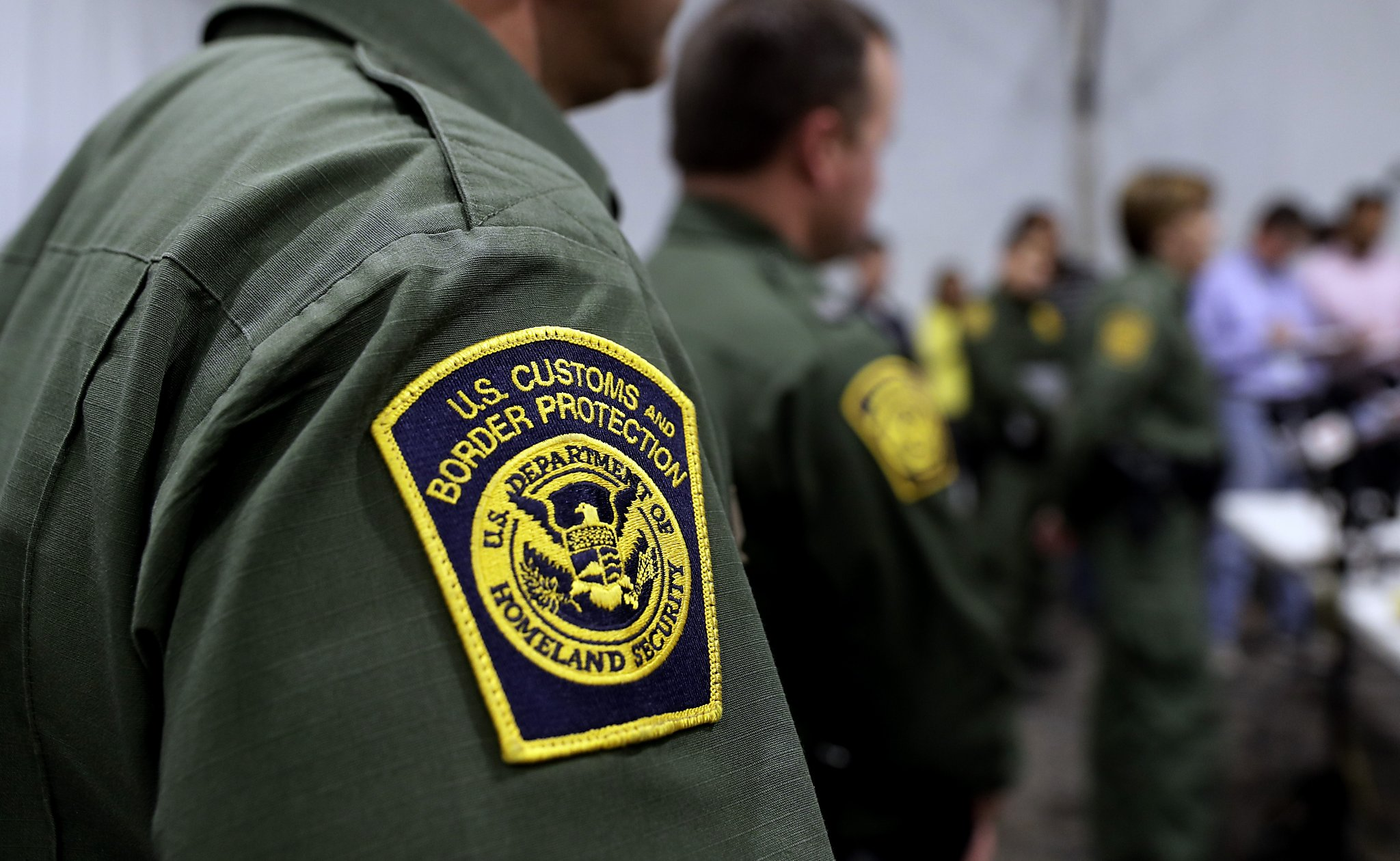 Media barred from Laredo tent facilities as immigration hearings begin on the border