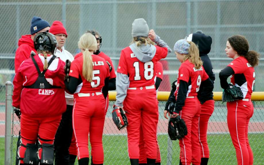 Owen-Gage at Caseville — Softball Photo: Mike Gallagher/Huron Daily Tribune