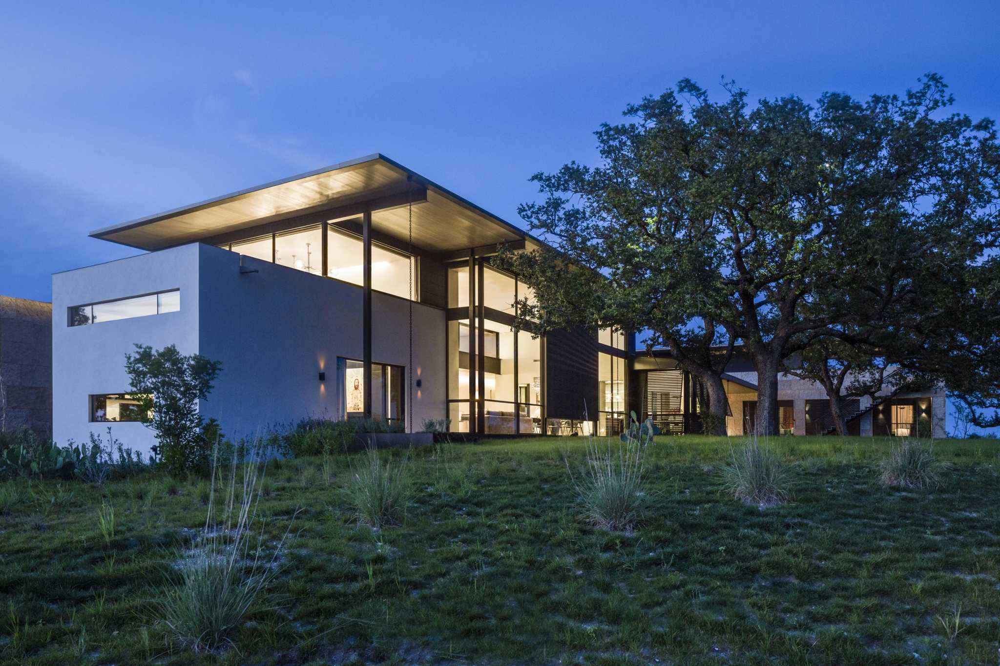 This modern West Texas ranch home is drawing some major attention