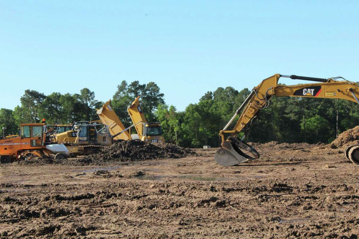 Crews are clearing land, April 19, 2019, at the southwest corner of Cutten Road and Vintage Preserve Parkway where developers intend to construct two apartment complexes.