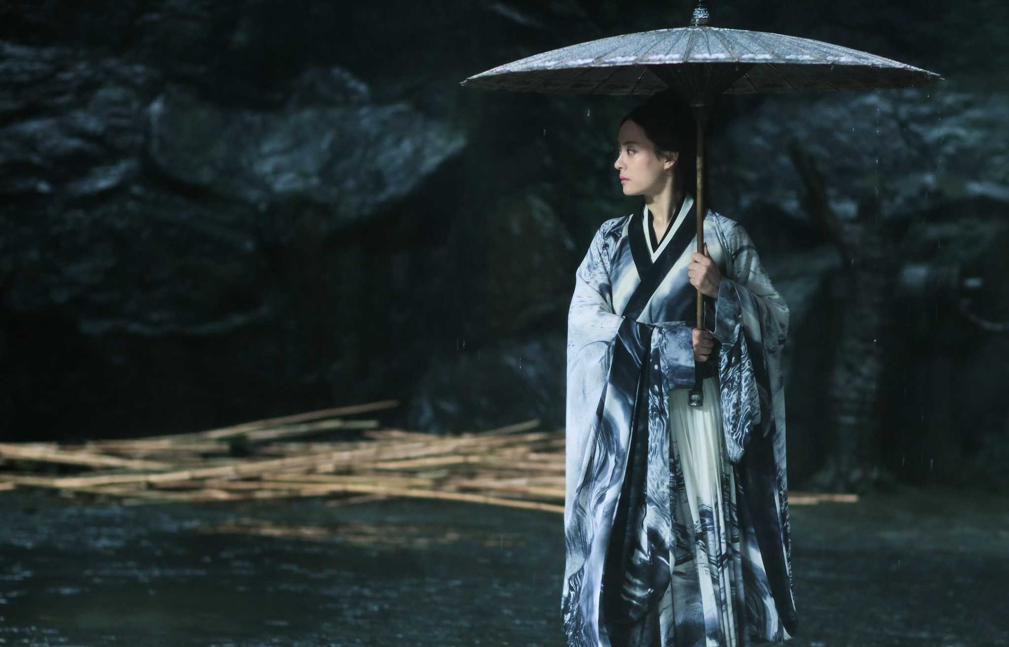 Zhang Yimou is back in top form with 'Shadow'