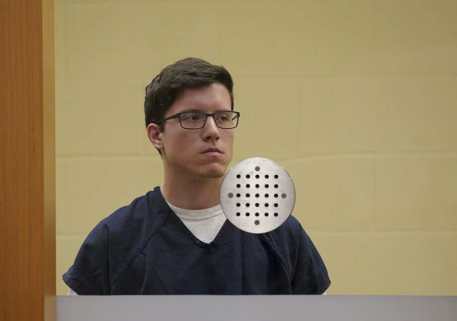 John Earnest, 19, accused of killing one and wounding three others in the Chabad of Poway shooting on April 27, appears in San Diego Superior Court during his arraignment on Tuesday. Photo: Nelvin C. Cepeda /TNS / San Diego Union-Tribune