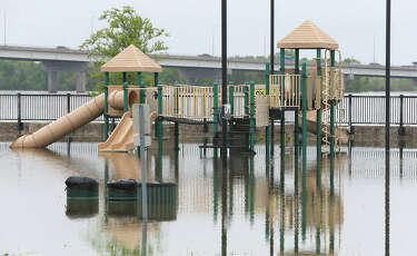 FROM THE FLOOD | It starts in May — 22 photos - Alton Telegraph
