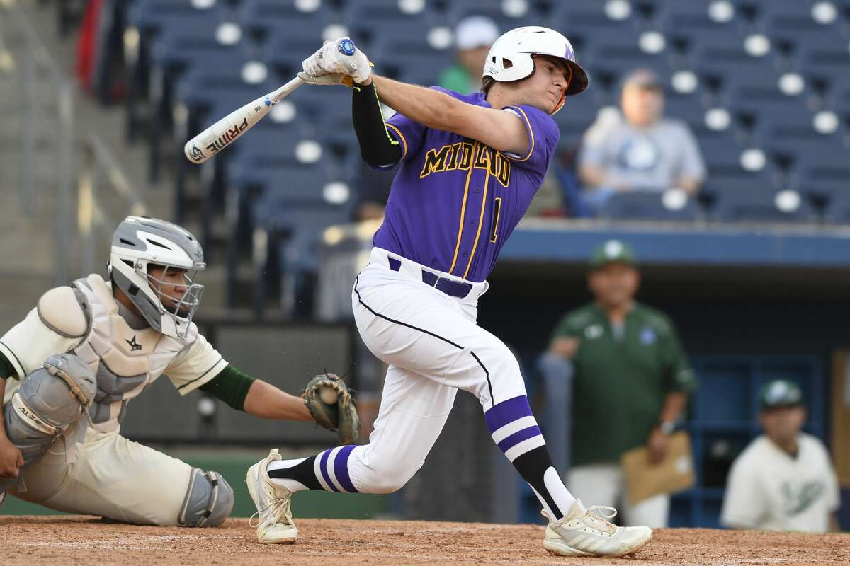 Midland High's Cooper Jauz (1) hits against El Paso Montwood May 3, 2019 at Security Bank Ballpark. James Durbin/Reporter-Telegram