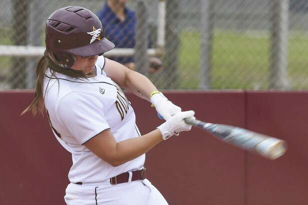 Maddison Schofield and the Dustdevils' season came to an end in the league semifinals falling 7-6 to LCU.