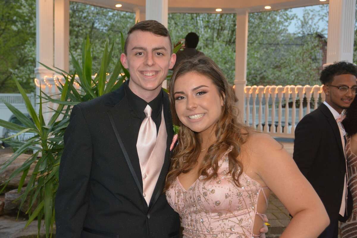 Stratford's Bunnell High School held its prom on May 3, 2019 at Villa Bianca in Seymour. Were you SEEN?