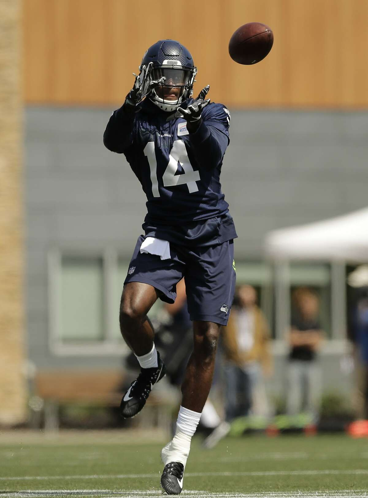 Seattle Seahawks wide receiver DK Metcalf makes a catch on the first day of NFL football rookie mini camp, Friday, May 3, 2019, in Renton, Wash. (AP Photo/Ted S. Warren)