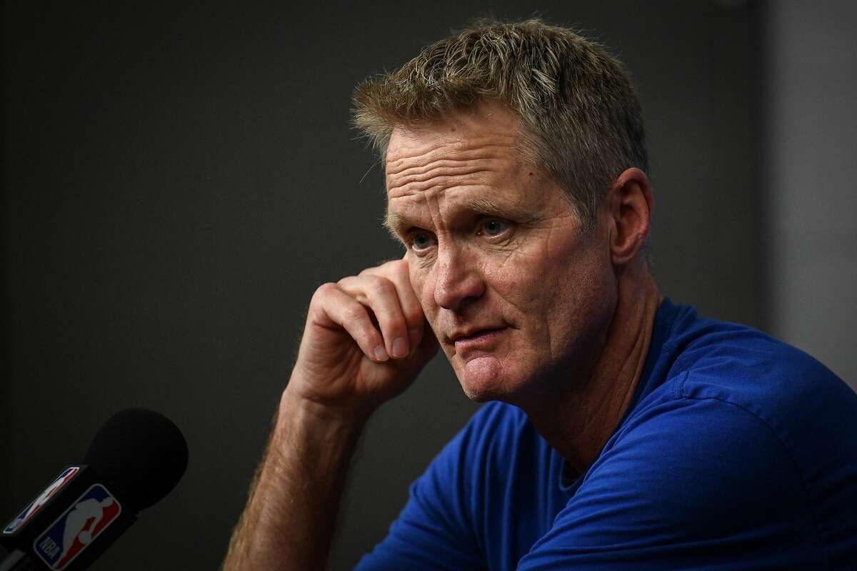 Sports Illustrated's Matt Dollinger in 2014: Steve Kerr should take the Knicks job over the Warriors job It would be interesting to consider an alternate reality where Kerr decides the coach the dumpster fire also known as the 21st Century New York Knicks, while the Warriors are forced to look elsewhere to replace Mark Jackson. For Kerr's sake however, he's lucky he didn't take Dollinger's advicethat centered on the fact that expectations would be lower in NYC, inferior roster be damned. Dollinger was right about one thing, however: