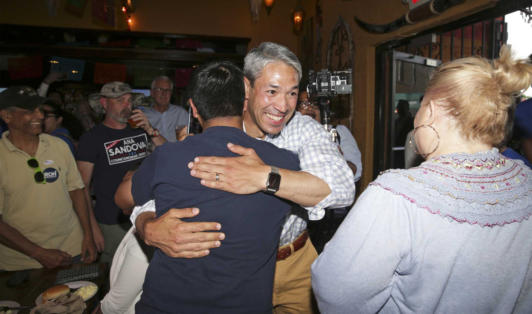 Nirenberg And Brockhouse Headed For Runoff 7 City Council