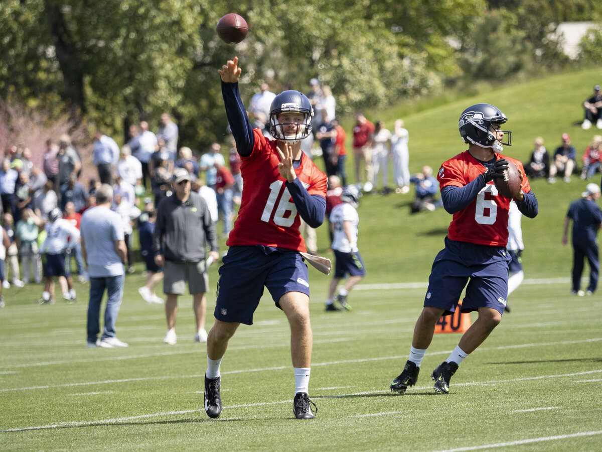 THE QUARTERBACKS STRUGGLED The Seahawks came into the rookie showcase in the hunt for a third quarterback behind Russell Wilson and Paxton Lynch for training camp. The search didn't necessarily go well. The signal callers brought in -- Troy Williams (who spent time at UW before winding up at Utah), Michael O'Connor and UDFA signee Taryn Christion -- visible struggled in scrimmaging. Errant passes were far more common than throws on the money. While it may have given the receivers an opportunity to show off their catch radius, the miscues didn't bode well for the quarterbacks' chances with Seattle.