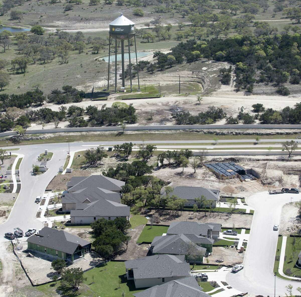 Boerne is the only incorporated city in Kendall County, which continues to show strong population growth, new census numbers show. Kendall County has drawn more than 12,000 new residents since 2010, with its population surging nearly 37 percent between 2010 and 2018.