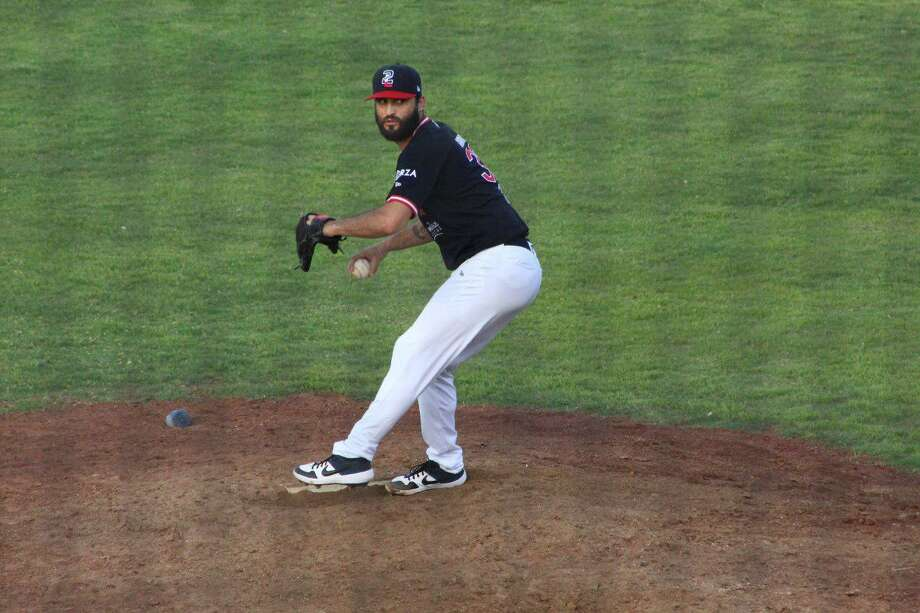 Kenneth Sigman earned the win in two innings of relief Sunday as the Tecolotes completed a sweep with a 4-2 victory over the Olmecas in Nuevo Laredo. Photo: Courtesy Of The Tecolotes Dos Laredos