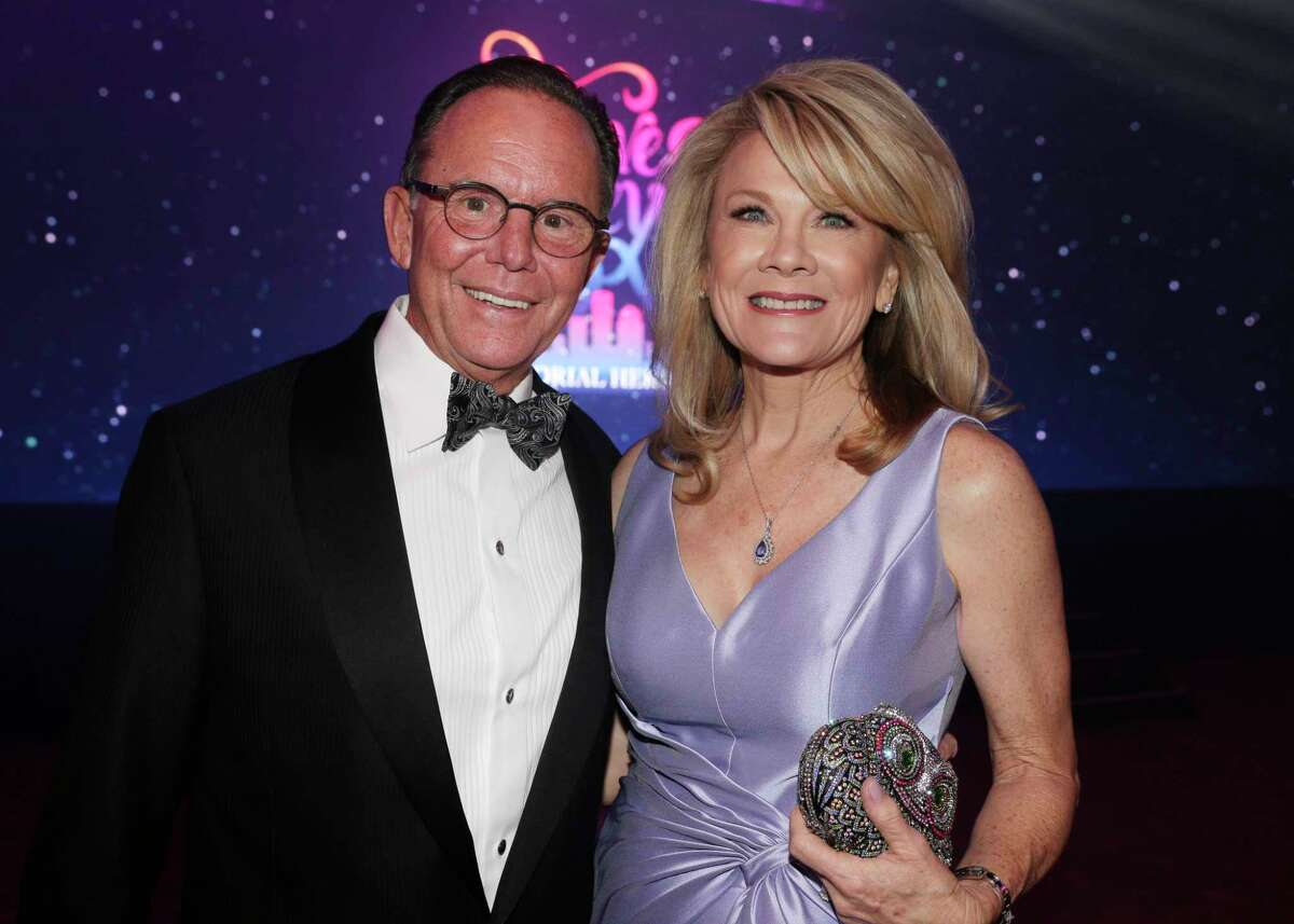 """Jerry and Lisa Simon at the Memorial Hermann annual """"Circle of Life"""" Gala held at the Hilton Americas Saturday, May. 4, 2019 in Houston, TX."""