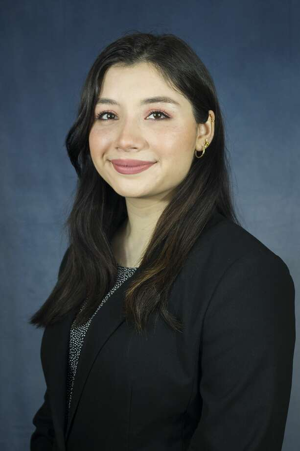 Due to her academic record and civic involvement, Abigail De Leon, a 20-year-old Laredo College student, recently earned her a full-ride scholarship to Sweet Briar College in Virginia. Photo: Courtesy