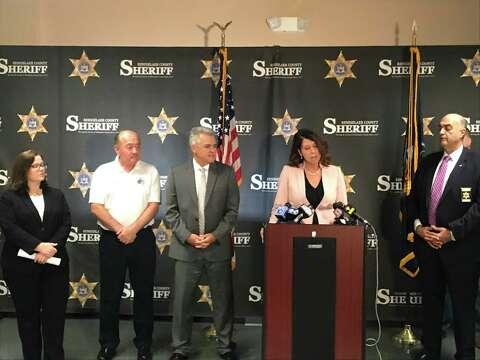 Rensselaer County arrests 19 in welfare fraud sweep - Times