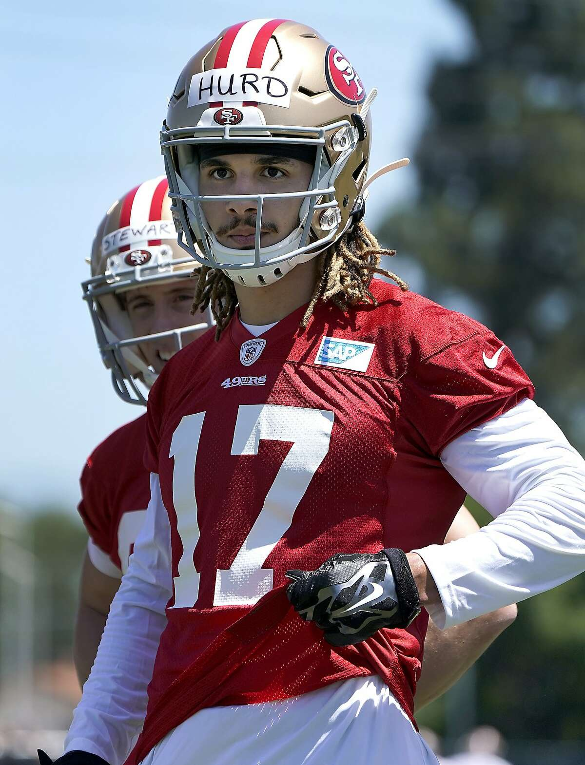San Francisco 49ers rookie wide receiver Jalen Hurd (17) work on a drill during the NFL football team's rookie minicamp in Santa Clara, Calif., Friday, May 3, 2019. (AP Photo/Tony Avelar)