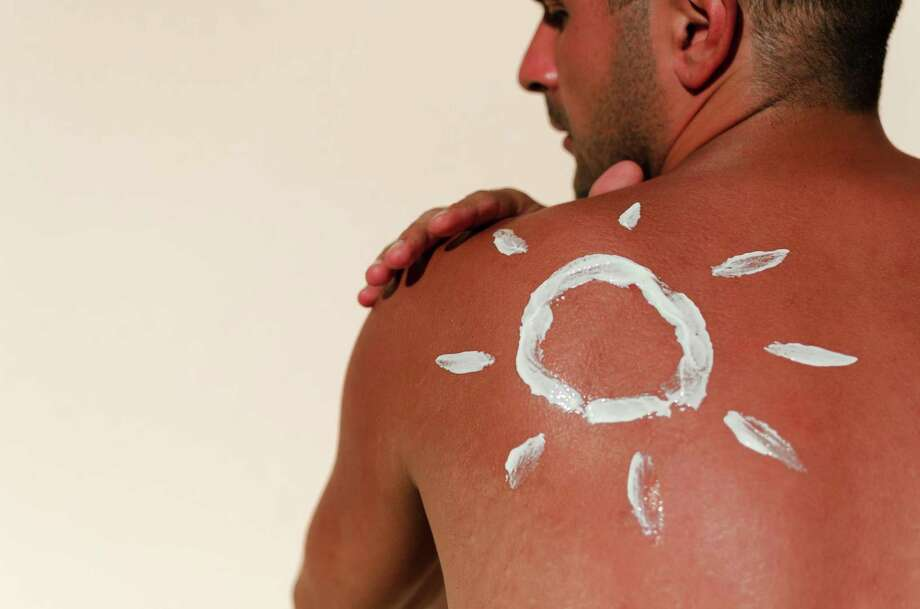 Man with reddened, itchy skin after sunburn. Skin care and protection from the sun's ultraviolet rays. Cream protection Photo: RobertoDavid, Contributor / Getty Images/iStockphoto / This content is subject to copyright.