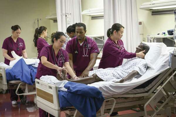 T become an RN, one must earn either an associate or bachelor's degree in nursing to be licensed as an RN.
