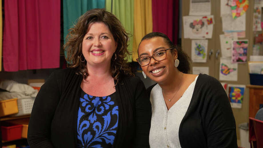 (L-R) SIUE alumna and cooperating teacher from Eastwood Elementary Amanda Luce and SIUE senior student teacher Daija Nellums. Photo: For The Intelligencer