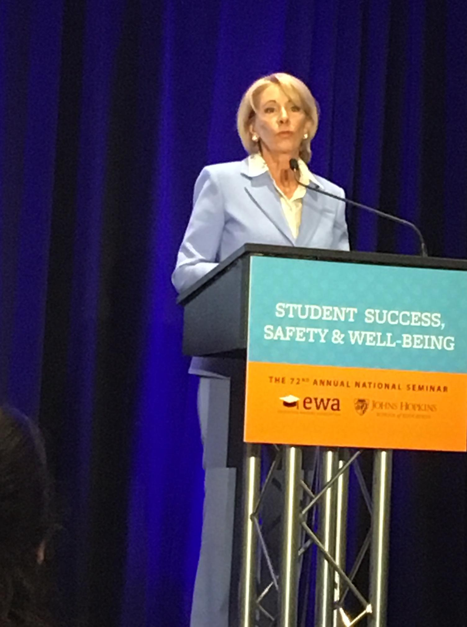 Special Education Chiefs To Devos Dont >> Publicity Shy Devos Tells Reporters Not To Make Her Click