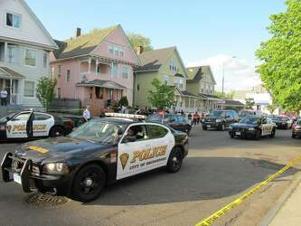 CT considers uniform policy on police chases - New Haven
