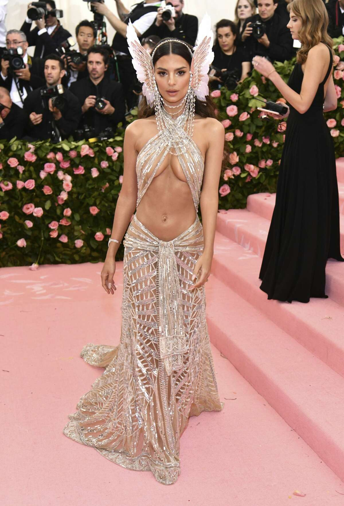 """Emily Ratajkowski attends The Metropolitan Museum of Art's Costume Institute benefit gala celebrating the opening of the """"Camp: Notes on Fashion"""" exhibition on Monday, May 6, 2019, in New York. (Photo by Charles Sykes/Invision/AP)"""