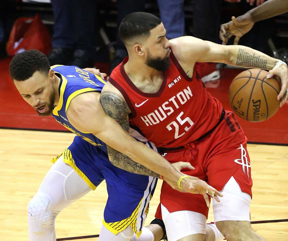 Austin Rivers and the Rockets have a chance to wrest control of their second-round series against the Warriors in Game 5 tonight.