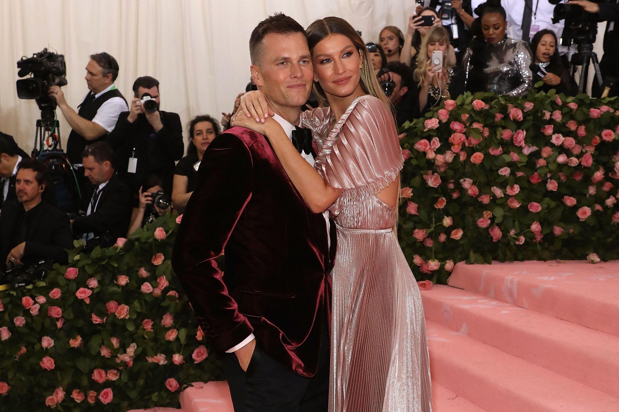 Report: Tom Brady, Gisele Bündchen move into Greenwich home