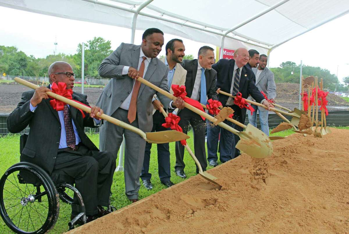 StaffordMunicipal School Districttrustees break ground in a ceremony held Tuesday, May 7, 2019, tostart oconstruction of the district's new administration building.