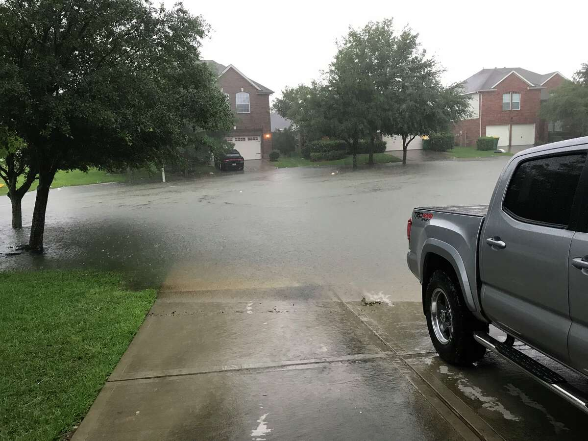 Kingwood area: 727 flooding reports Street(s) most commonly flooded: Chestnut Ridge, Northpark Drive, Hidden Pines, Brookdale, Bassingham, Valley Rose, Royal Glen, Creek Manor, Golden Willow, Shady Maple, Shady Gardens, Saint Andrews, Garden Village Peek flooding month(s): May, Sept. & Oct. 2019