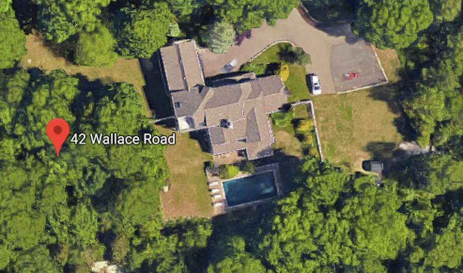 42 Wallace RoadSeller/buyer: Mary E. Hartford-Alden and Andrew M. Amendola to Kathryn A. and Laurence A. StrubingPrice: $965,000 Photo: Google Maps