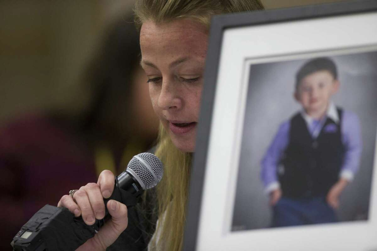 In this December 2016 file photo, Angela Garvin speaks on behalf of her son who suffers from Cerebral Palsy at a session in Austin on which a panel of representatives from the U.S. Department of Education's Office of Special Education and Rehabilitative Services (OSERS) and the Texas Education Agency (TEA) listen to parents comment about special education in Texas. ( Marie D. De Jesus / Houston Chronicle )