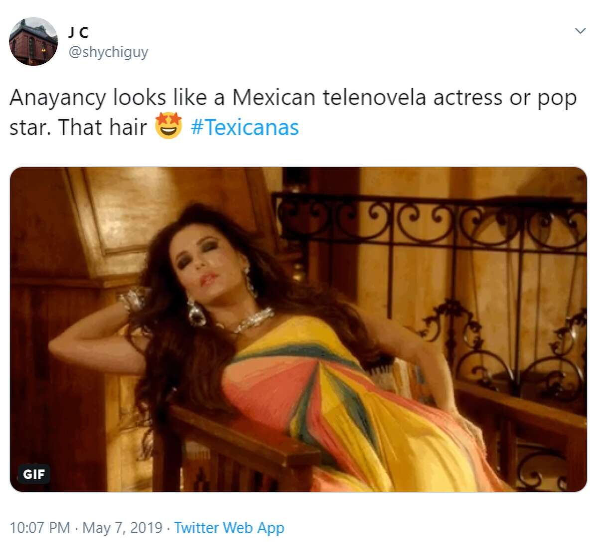@shychiguy: Anayancy looks like a Mexican telenovela actress or pop star. That hair #Texicanas
