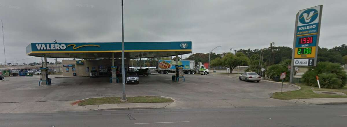 Valero Location: 1115 San Pedro Date: April 18 Number of skimmers found: 1