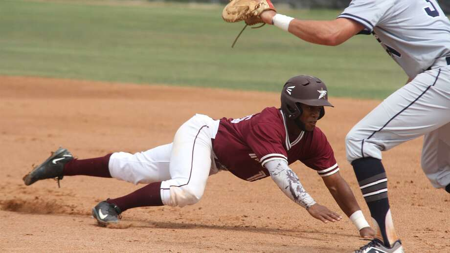 TAMIU shortstop Jorge Napoles finished second in the Heartland Conference with a .394 average and led the Dustdevils with 44 RBIs on his way to earning first-team All-Heartland Conference honors. Photo: Courtesy Of TAMIU Athletics /file